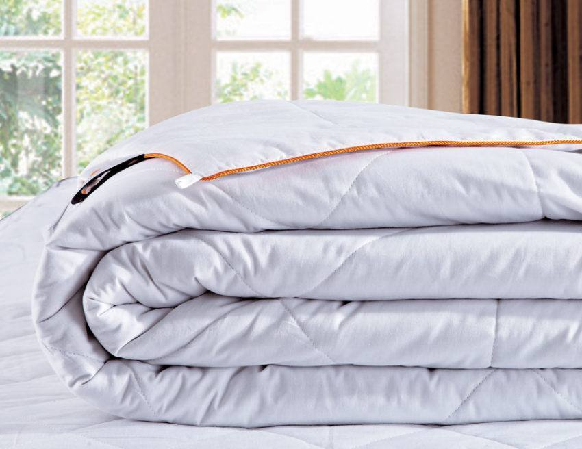 Шелковое одеяло Natute