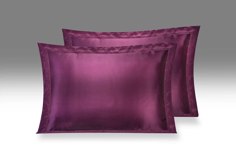 темно пурпурный