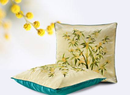 "Купить декоративную подушку ""Ракитник"""