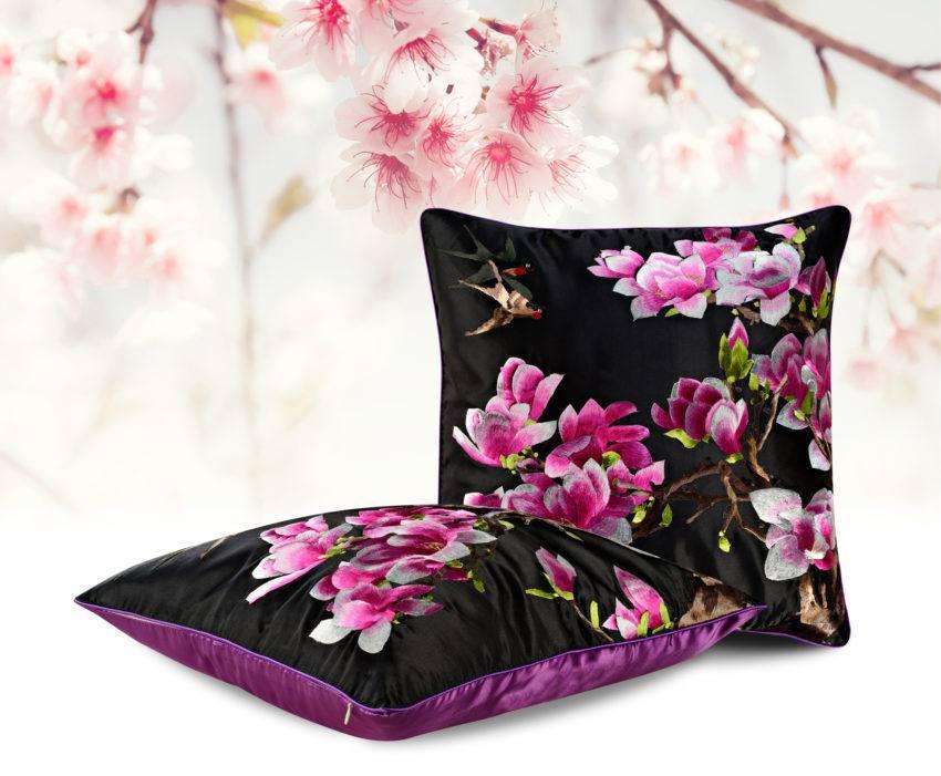 Декоративная подушка «Пурпурные Георгины»