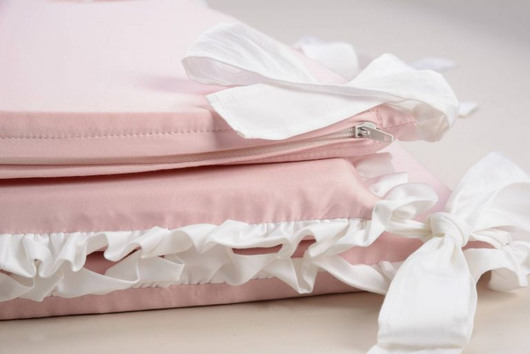 Бортики в детскую кроватку MIA Rosa Romantica