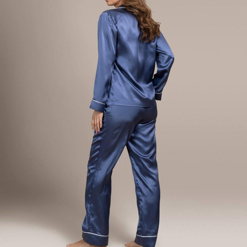Шелковая пижама By OnSilk. Цвет: синий